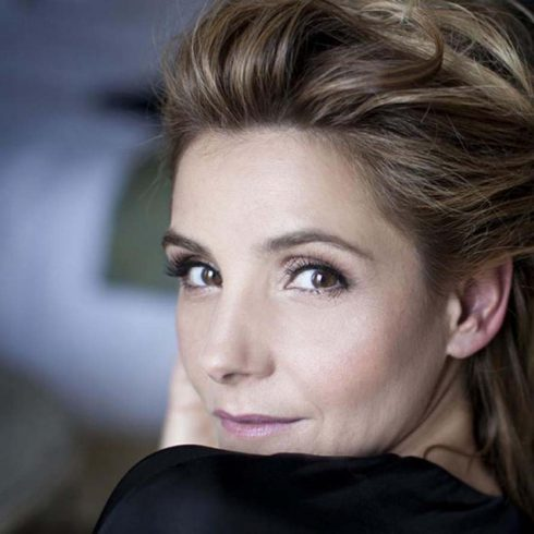 Clotilde Courau actrice formation Blanche Salant Paris